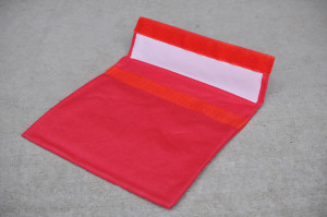sandwich bag - red - open - WEB